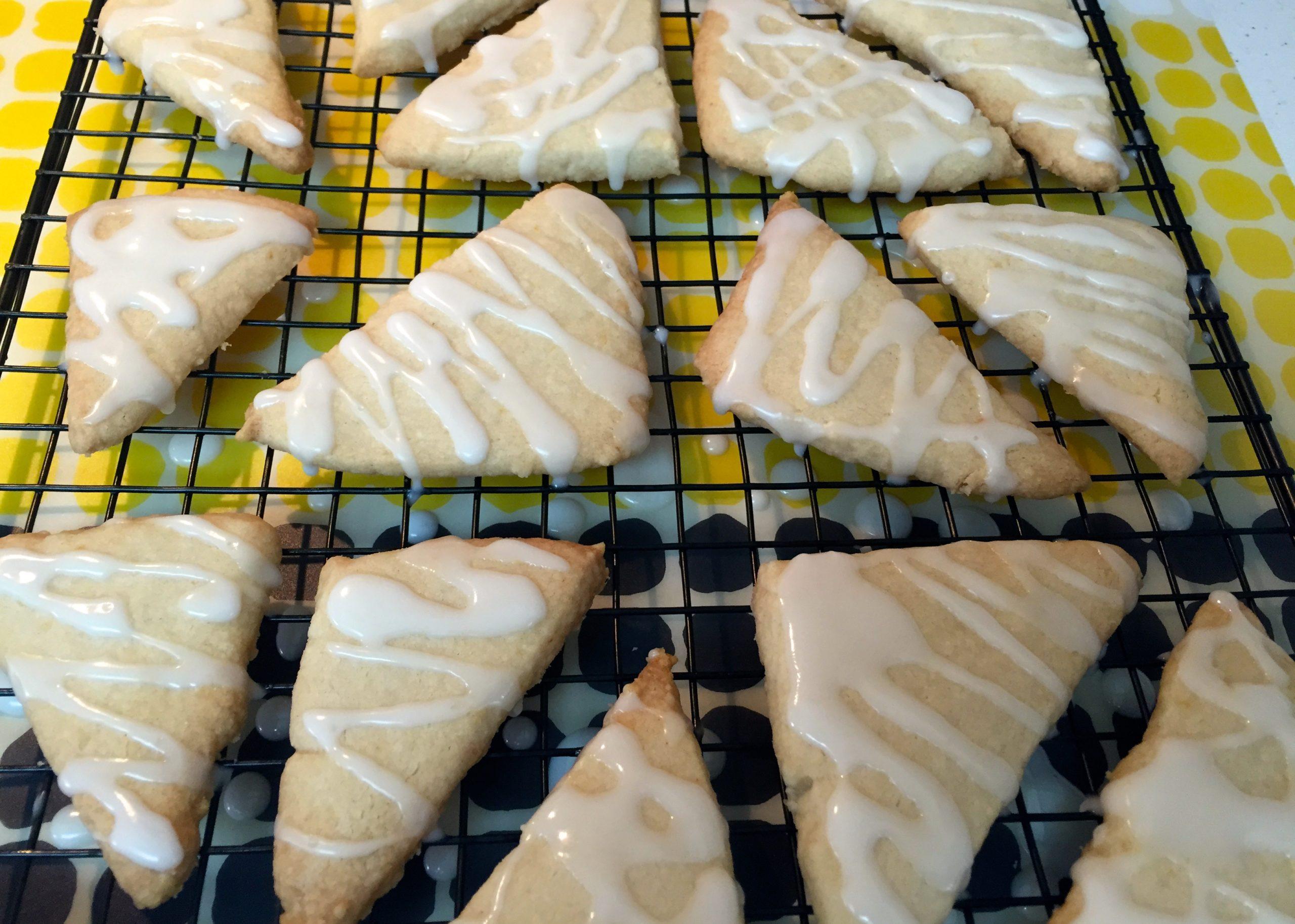 Lemon Cookies iced